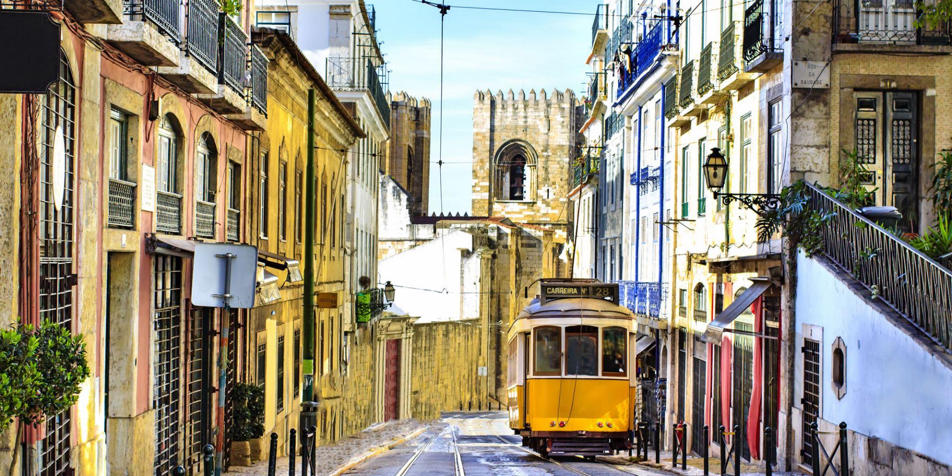 Lisbon street view hotel